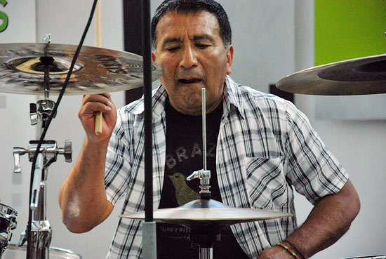 Alex Acuna Drummerworld