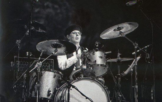 Anton Fig Drummerworld