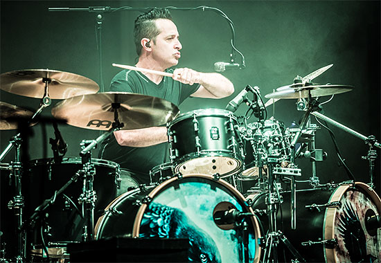 Nick d'Virgilio Drummerworld