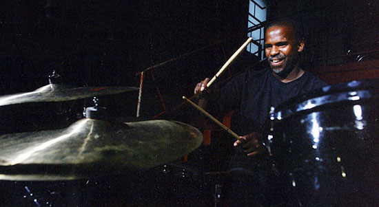 Will Kennedy - Drummerworld